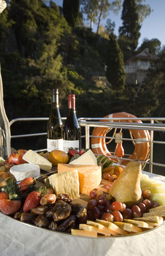 Featuring Tamar Valley Wine and Tasmanian Cheese from Ashgrove and Tasmanian Heritage
